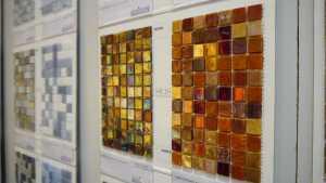 Verschiedene, schöne Mosaike beim Bayerischen Fliesenhandel.